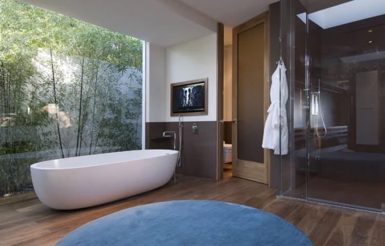 Mẫu phòng tắm thiên nhiên cho nhà phố