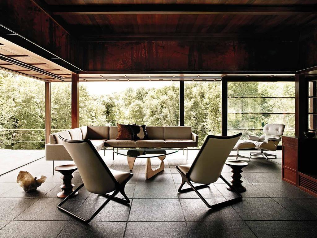 Không gian phòng khách với vách kính đẹp