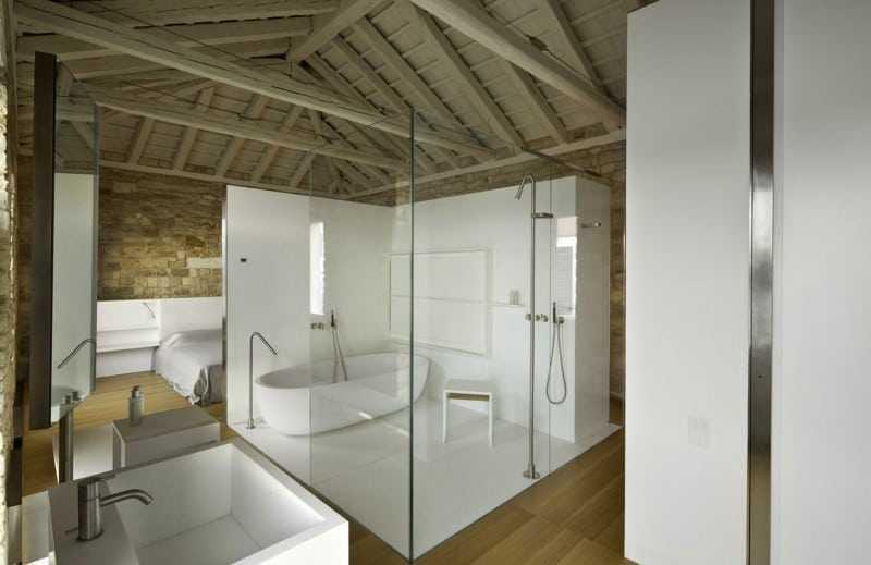 vach tam kinh 3 - Giá vách kính phòng tắm hiện đại